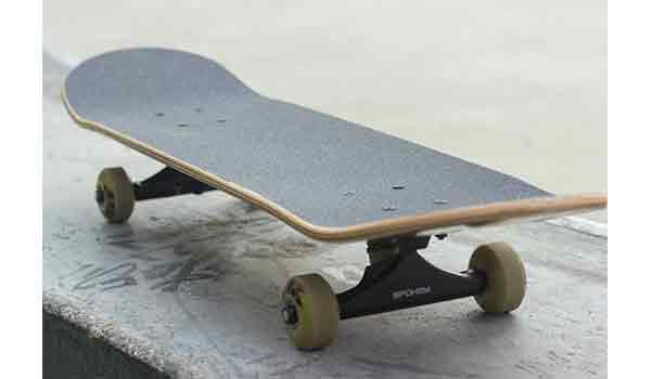 what is skateboard