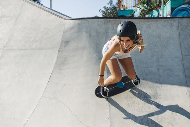 Skateboard and longboard helmet