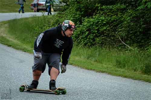 If you are looking for longboards for heavier riders, then these 9 ply longboard and best longboards for heavy riders can come very handy.